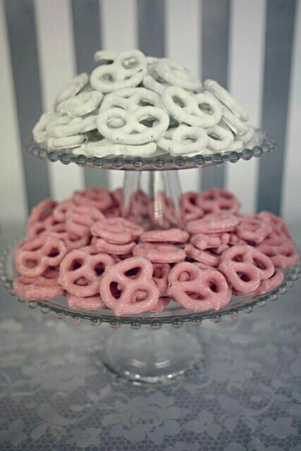 Snac para cumpleaños Rosa y blanco