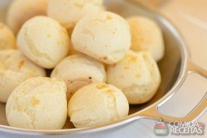 Pão de queijo: uma receita para não perder de vista. Imagina fazer para o café da manhã em casa?