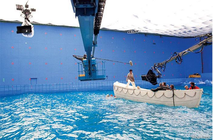 7 best images about green screen on pinterest for Life of pi pool scene
