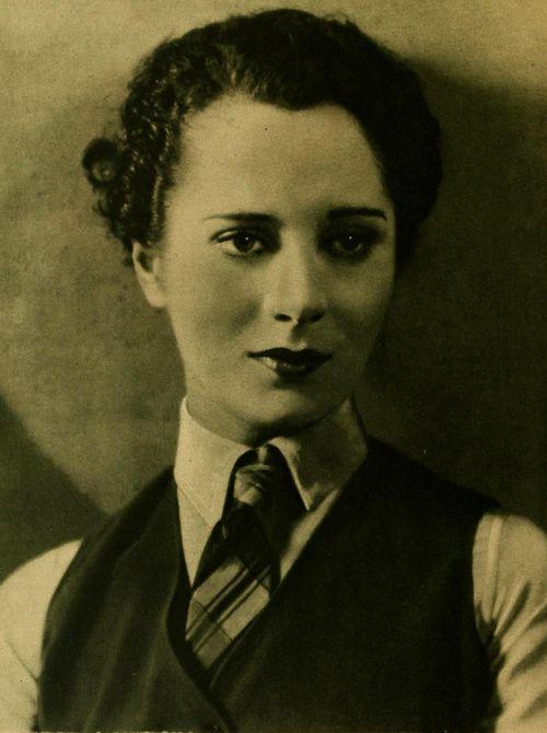 Helene Costello, American film star mostly in silent film era, 1920s