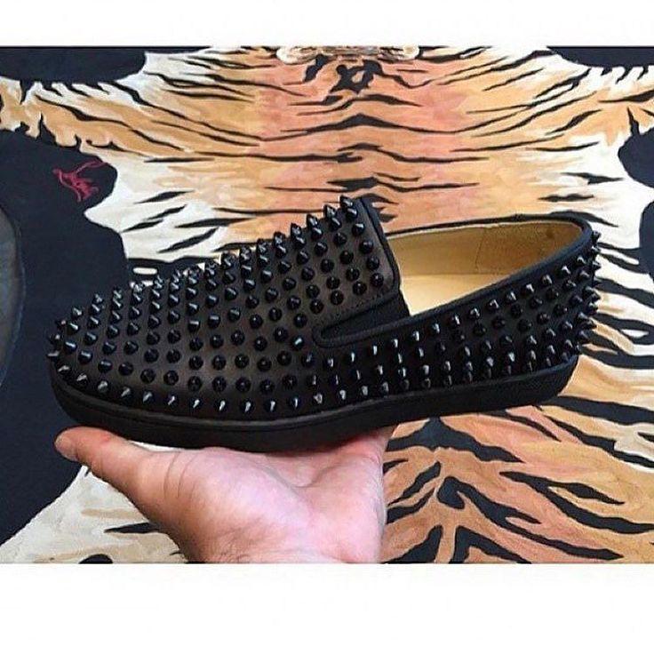 Christian Louboutin  _ Per info price contact me direct message or contact me 406-206-1447 _ #italy #paris #france #realmadrid #drake#spain #nice #amsterdam #balotelli #london#neymar #cr7 #dubai #pogba #jordans#yeezy350 #flyknit #yeezy950 #basketball#sneakers #kicksonfire #solecollector #louboutins #giuseppe #luxury #expensive #louisvuitton #gucci #fendi #prada by crepsvault