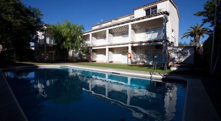 Booking.com: Apartamentos Sunway Tara-Gay , Sitges, Spain - 65 Guest reviews . Book your hotel now!