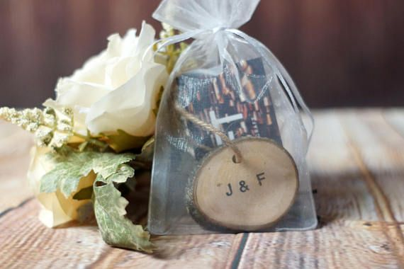 FREE SHIPPING! Rustic Log Slice Ornament - With Twine and Organza Gift bag Available in sets of 3 or 6 Each ornament comes with its own gift bag Initials can be the same or different for each ornament *bark and wood color varies* Hand Stamped on one side. Can also be used for gift