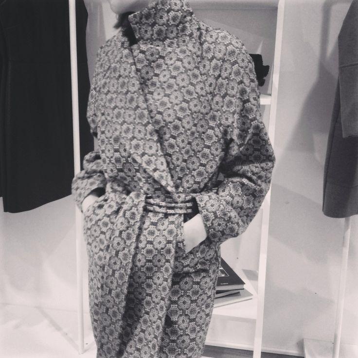 MONOCHROM  | coat