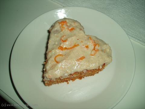 Morotskaka med citronfrosting