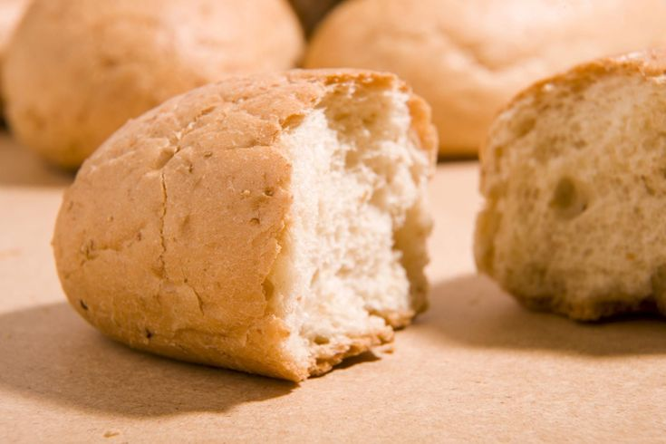 This dairy free white bread recipe is an easy lactose-free sandwich bread recipe for homemade white bread without dairy products like milk.
