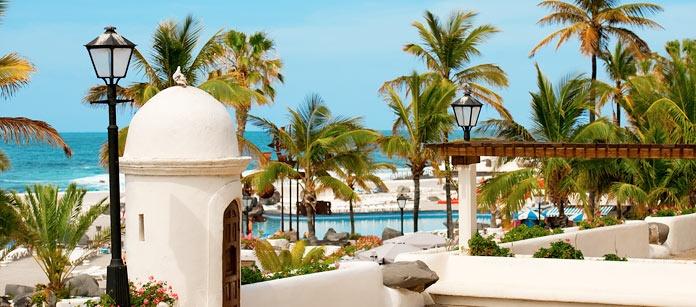 Puerto de la Cruz ligger på Teneriffa. En charmig stad i den vackra och gröna Orotavdalen. Här har Ving flera bra hotell.