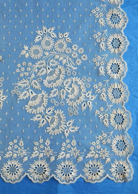 Gorgeous Antique Brussels Lace Wedding Veil