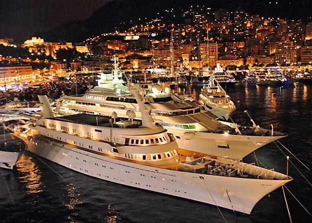 Monte Carlo - The most imposing places to visit in Monaco