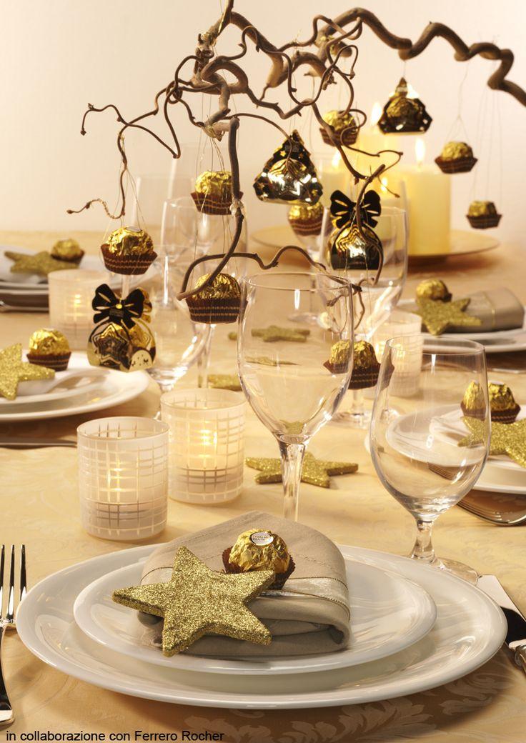 Da sempre, l'oro è benaugurale. Allora, perché non impreziosire di bagliori dorati anche la tavola delle feste? Per fare in modo che la decorazione non ri