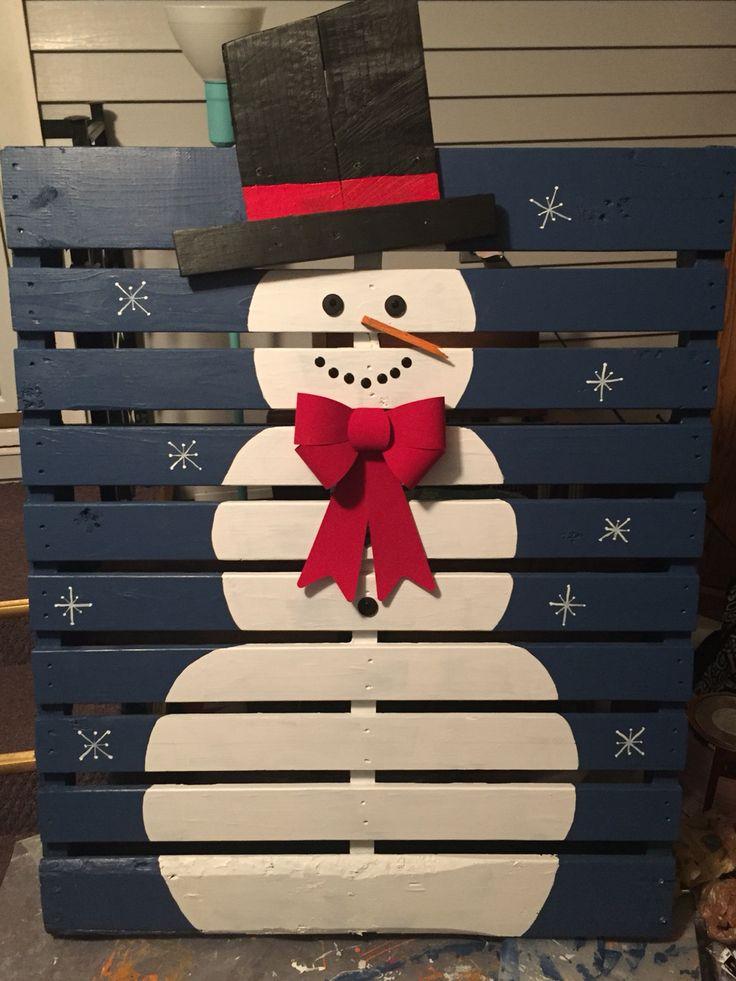 Christmas snowman pallet