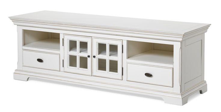 Paris är ett en vacker tv-möbel med fina detaljer. Den har två lådor, två glasluckor och två öppna hyllplan. Paris är en serie handgjorda unika möbler i klassisk romantisk stil. Varje möbel är ett fint handarbete vilket gör att små olikheter kan förekomma. Det är rejäla möbler i fin kvalitet.