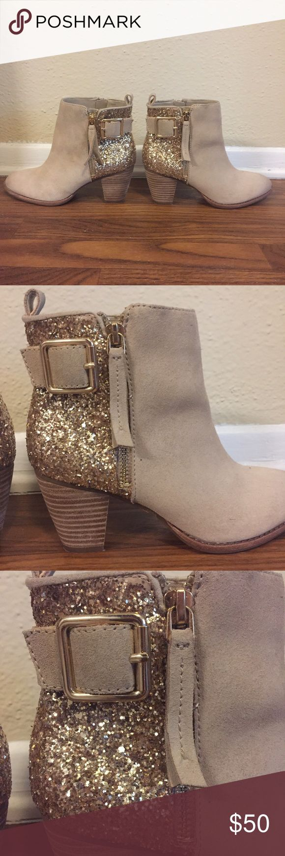 Gianni Bini taupe gold glitter booties Gold glitter heeled bootie. Worn once perfect condition Gianni Bini Shoes Ankle Boots & Booties