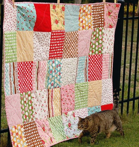 Not every quilt has to be a huge undertaking. This Easy Peasy Picnic Quilt is a short, sweet, and simple project that's perfect for beginners.