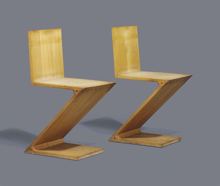 Gerrit thomas rietveld pair of 39 zig zag 39 chairs for Silla zig zag medidas