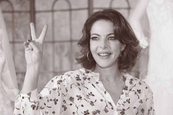 Claudia Gerini sorride a #RomaSposa in veste di #madrina ufficiale dell'evento