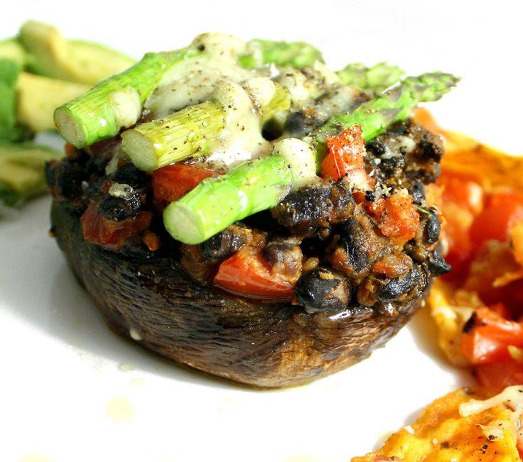 Oppskrift Texmex Meksikansk Gratinert Portobello Bønnefyll Sorte Bønner Hjemmelaget Tacokrydder Salsa Nachos Asparges