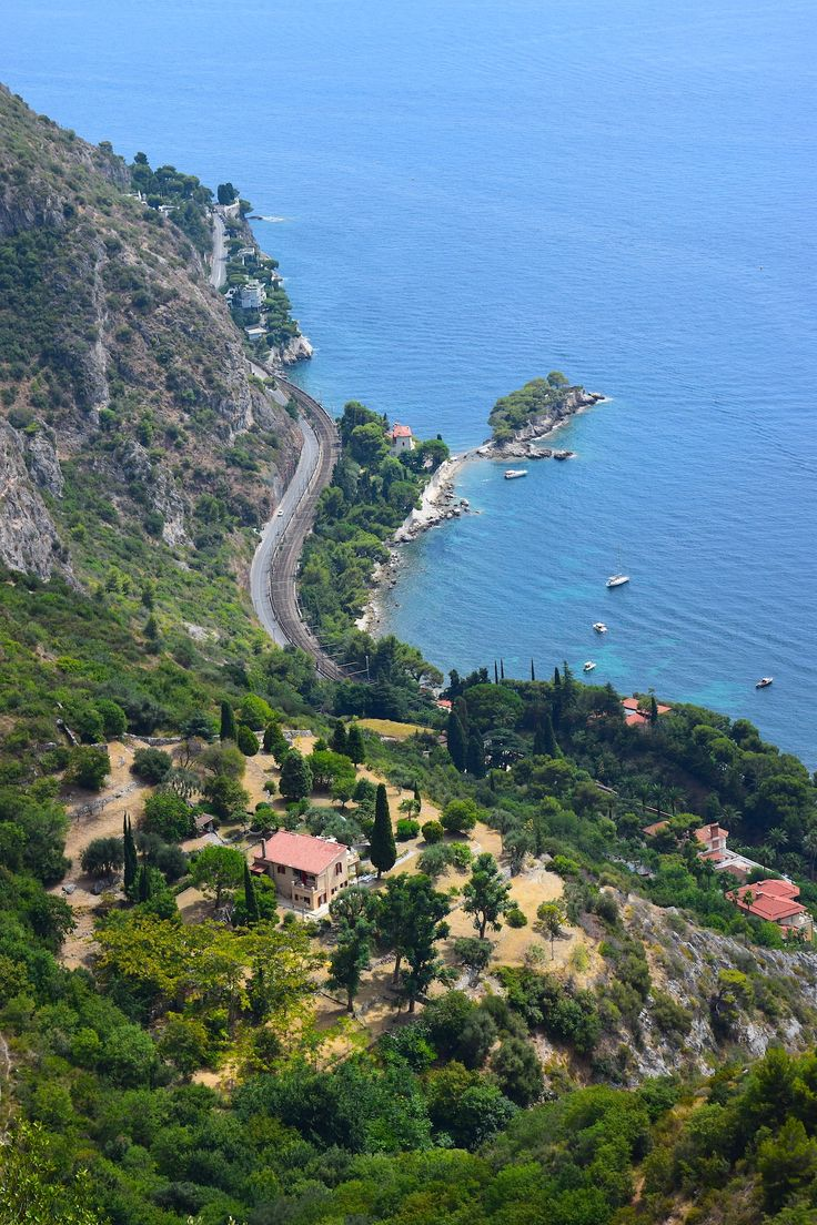 The gorgeous French Riviera: We loved driving all around this impressive destination. Every corner, every view and every restaurant: Everything is amazing!
