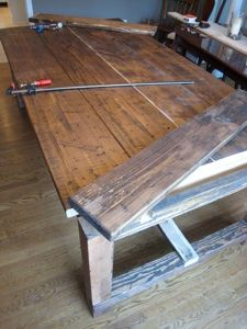DIY Farmhouse table.  can we do it?Dining Rooms, Diy Farmhouse, Tables Diy, Dining Room Tables, Farm Tables, Farmhouse Kitchens, Farmhouse Tables, Farms Tables, Dining Tables