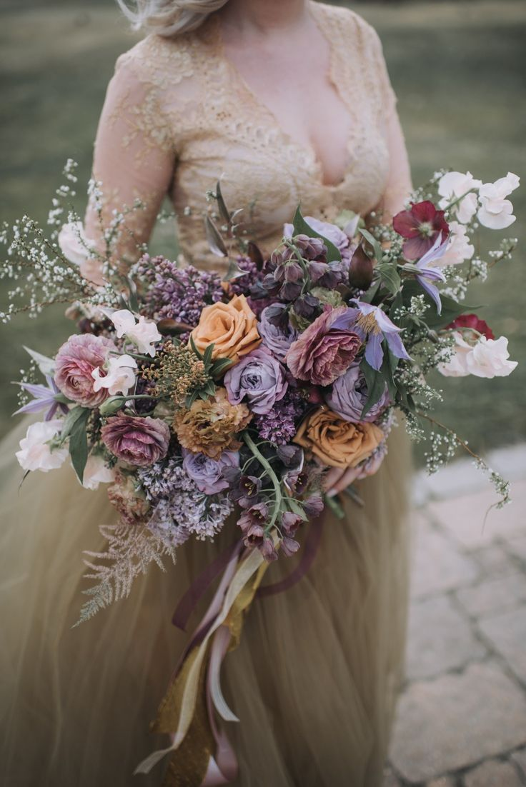 5467 best Wedding Bouquets images on Pinterest