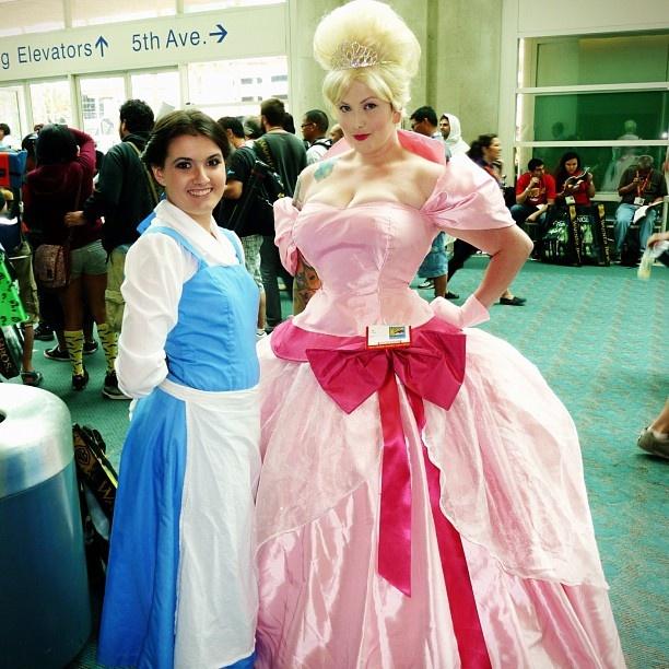 Belle & Charlotte La Bouff #comiccon #cosplay #sdcc