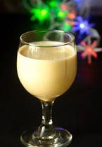 Punch de Creme is the Caribbean's version of Eggnog. There is even a song about drinking Punch de Creme on Christmas morning. This thick, creamy, rummy beverage is very popular in TRINIDAD AND TOBAGO