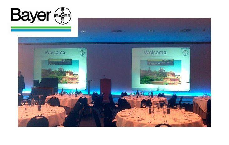 Construcción decorado para la convención de Bayer.