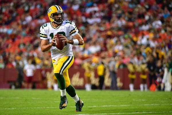LAKE FOREST, Ill. -- Facing Aaron Rodgers and the Green Bay Packers is usually enough to put the Chicago Bears defense in panic mode.