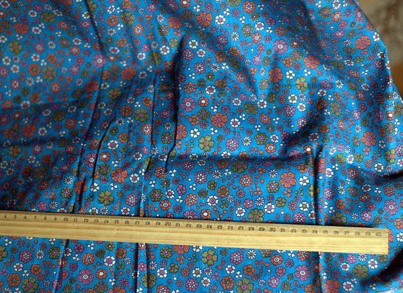 Vintage Floral Fabric Soviet Fabric Vintage 1980s Cotton Small