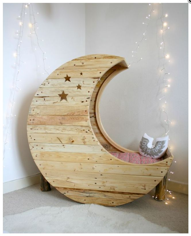 So lovely #bedroom #moon #lights
