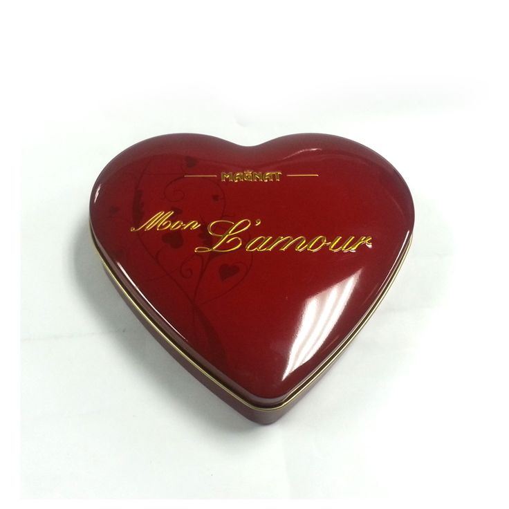 This big heart tin with glossy printing outside and food grade gold lacquer inside. It is good for packing food items such as chocolate. It is also suitable for gifts packa