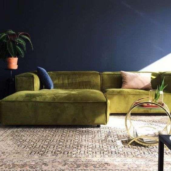 Oltre 25 fantastiche idee su divano di velluto su for Divani velluto moderno