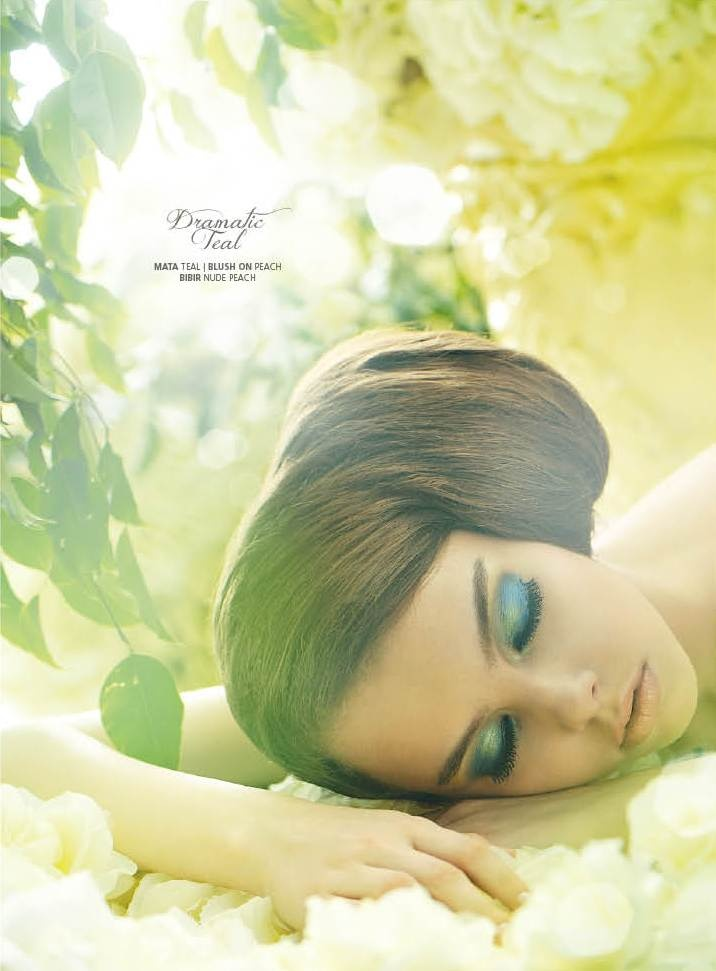 Heavenly Beaute  (Weddingku June – August 2012), Photographer : Mario The Nine, Stylist : Dhani Agustia, Make Up & Hair Do : Nadia Sadeli, Model : Bambie & Liza