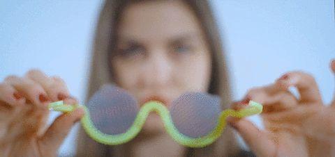 Müzik Deneyimini Renklendiren Saykodelik Gözlük  #glasses #psychedelic #design #music #gözlük #saykodelik #tasarım #indiegogo