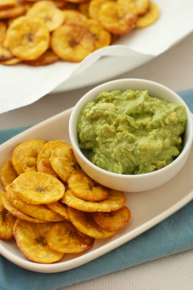 Homemade Plantain Chips and Guacamole: These are my new favorite snack for satisfying my salty/crunchy cravings in a healthy way- super easy to make too!
