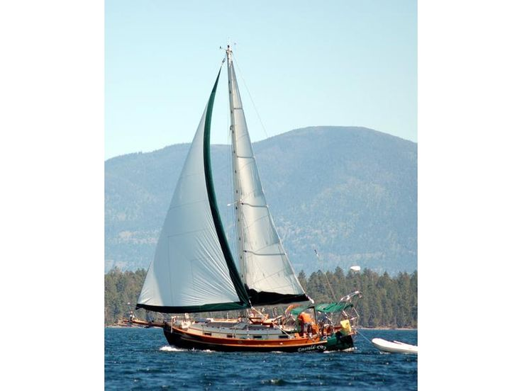 e21f88770dbf3914d42a8f497aca915e sailing boat hans christian 154 best sailing images on pinterest boats, sail boats and Simple Boat Wiring Diagram at n-0.co