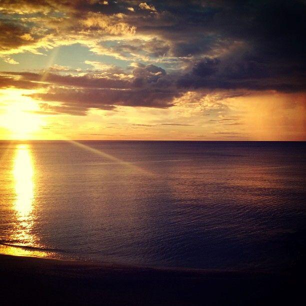 #sunrise #visitriviera #pietraligure pic @matteoit