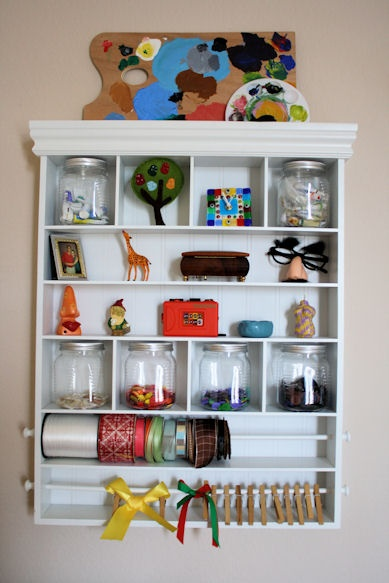 17 Best Images About Knick Knack Display On Pinterest Trays Antiques And Ladder