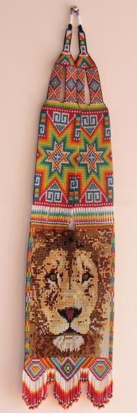 Collar tejido en mostacillas - leon  - artesanum com