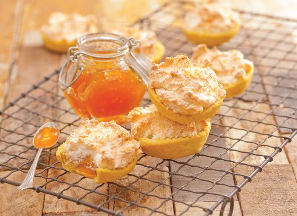 Hertzoggies are light pastry tartlets with a delectable apricot jam meringue filling. Back in the day, homemade 'konfyt' using home –grown fruits such as apricots, formed the basis of fruit pie fillings. The convenience of quality canned jams provides us with the chance to enjoy these traditional tea-time classics.