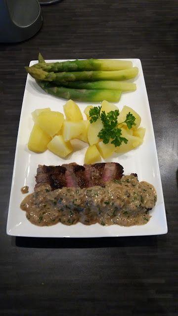 Dominique's kitchen: Steak met aardappelen en groene asperges