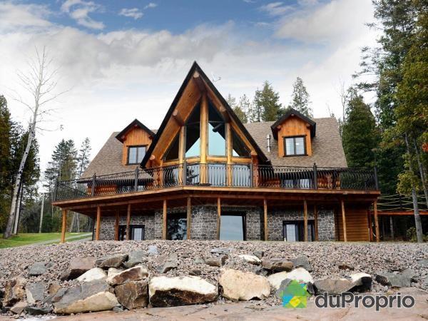 54 best images about les plus belles maisons au qu bec on for Annonceur maison du canadien