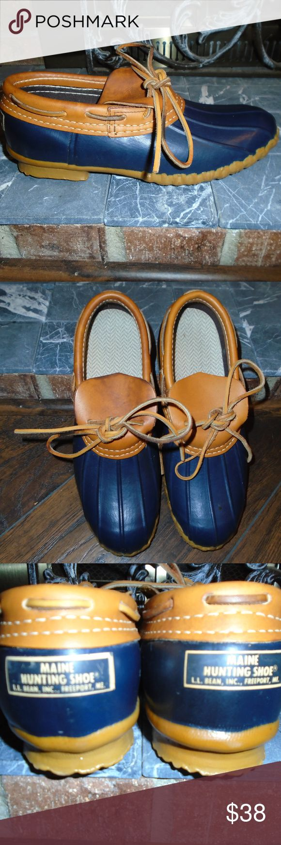 L.L. BEAN MOC BOOTS ~ 9 ~ POPULAR STYLE!!!! L.L. BEAN moc style boots/shoes ~ size 9 ladies Navy color with leather detail Comfortable cushioned inserts Logo detail on the back Detailed rubber sole Good condition with normal wear L.L. Bean Shoes Ankle Boots & Booties