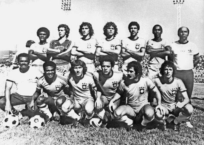Copa de 1978 - Seleção brasileira convocada ao Mundial da Argentina posa para foto antes de amistoso preparatório para a Copa