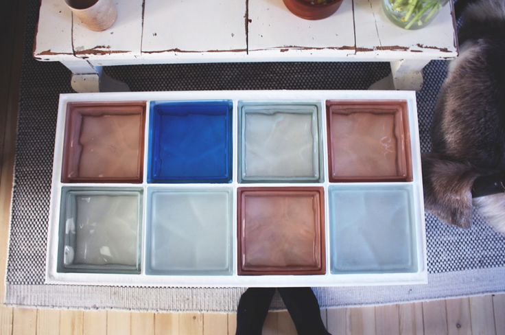Small glass coffee table - made from scratch - still love the colours ♥ helt og aldeles: DIY