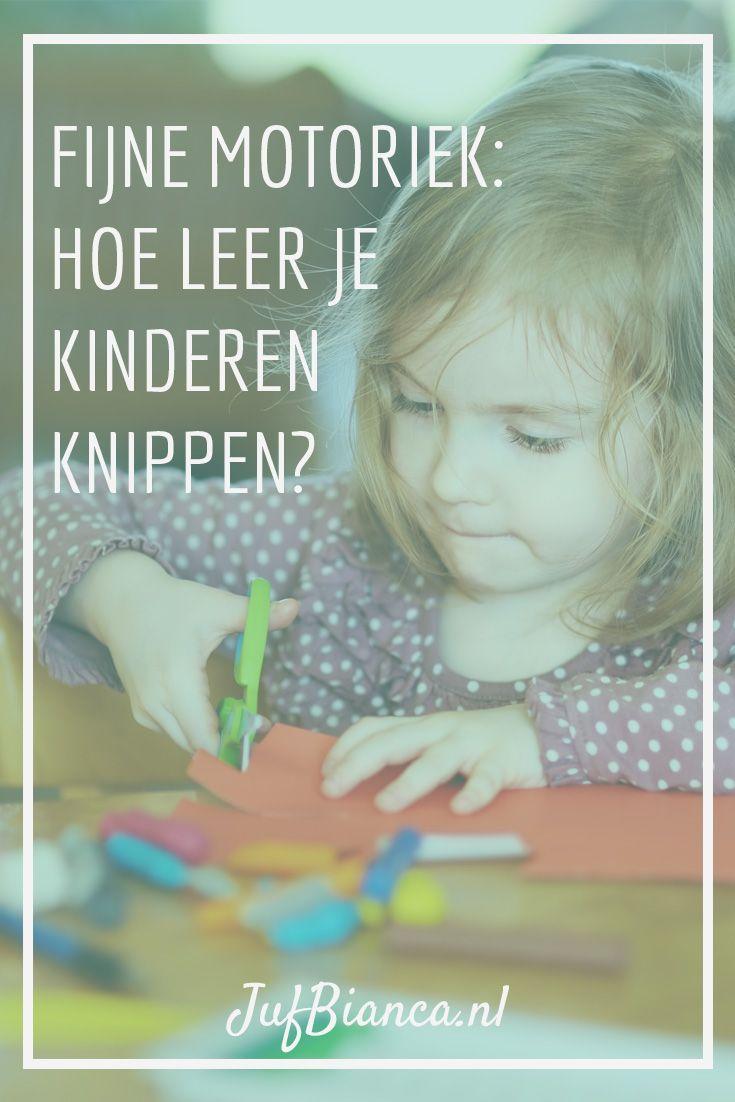 Knippen is een dagelijkse handeling zeker in een kleuterklas waar veel geknutseld wordt. Het is een wezenlijk onderdeel van de ontwikkeling van de fijne motoriek. Regelmatig raden we ouders aan ook voor thuis een schaar te kopen zodat kinderen (beter) leren knippen. Maar wat kun je nog meer doen als blijkt dat een kind (nog) niet kan knippen? #JufBianca