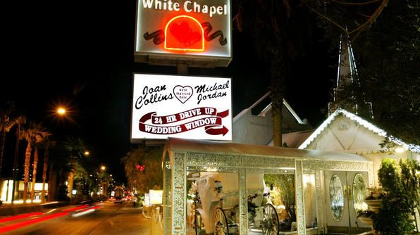 little white wedding chapel las vegas the united states of america. Black Bedroom Furniture Sets. Home Design Ideas