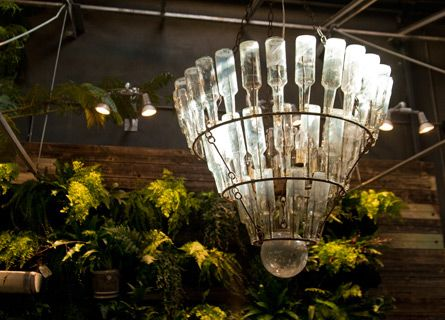 cool!Gardens Ideas, Outdoor Ideas, Bottle Ideas, Outdoor Mood, Creative Gardens, Glasses Bottle, Earth Gardens, Gardens Delight, Bottle Chandeliers