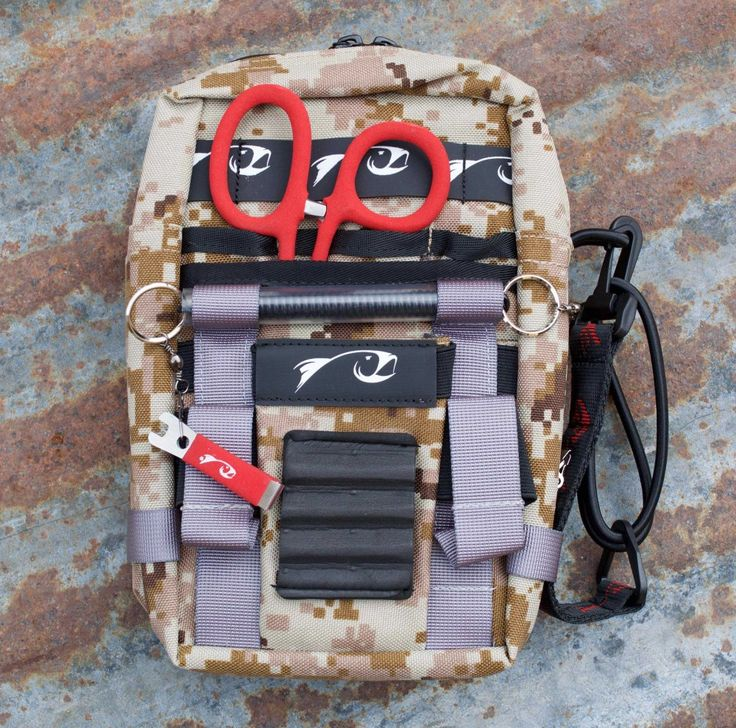 Rising Fly Fishing Tools | Storage | Loaded Flask Plack