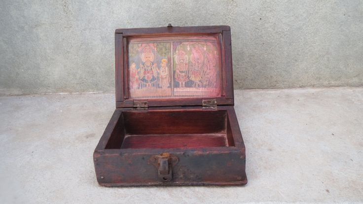 Antique Indian vintage wooden cash box with print of Lord Krishna,  mounted behind glass. Rajasthan. Art. Love. Romance. Flute. by Lallibhai on Etsy